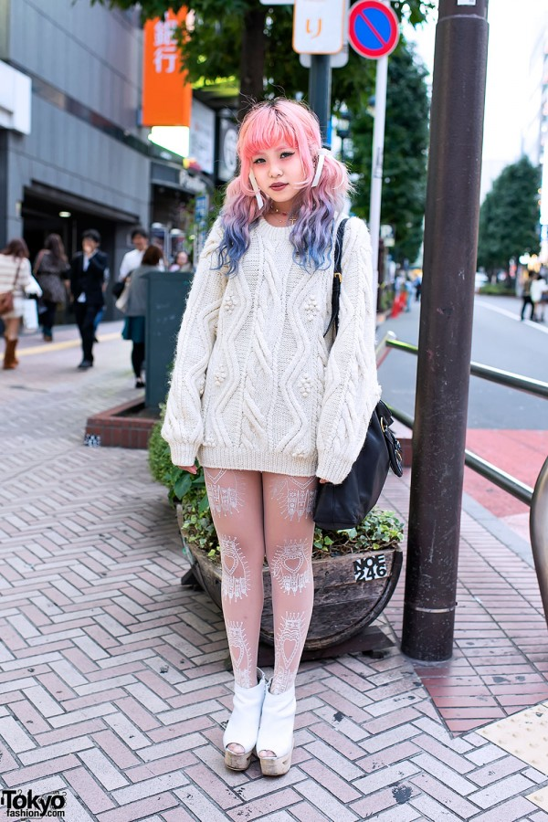 Cable-Knit-Rainbow-Hair-Shibuya-2012-10-15-DSC3472-600x900