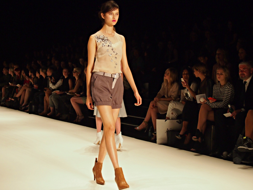 Kate sylvester kiwi model