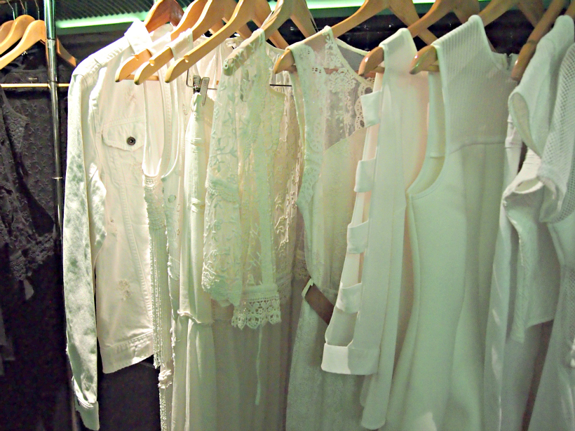 River island white lace launch