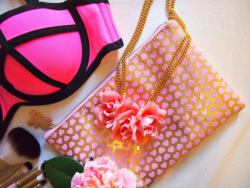 Ebony fleur pink necklace flower
