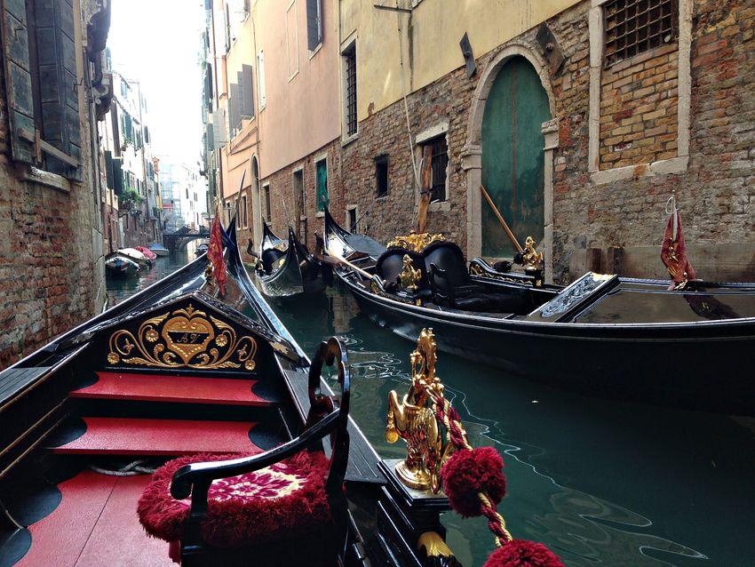 Venice venezia gondola canal