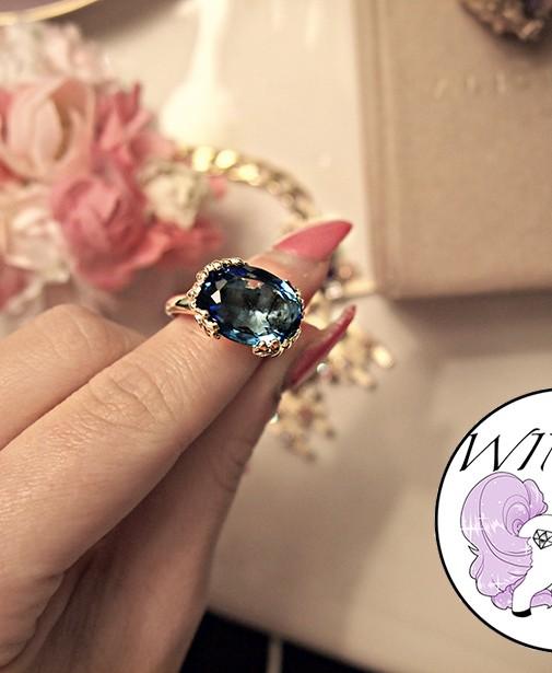 Win Alice & Leon 'Alicia' ring