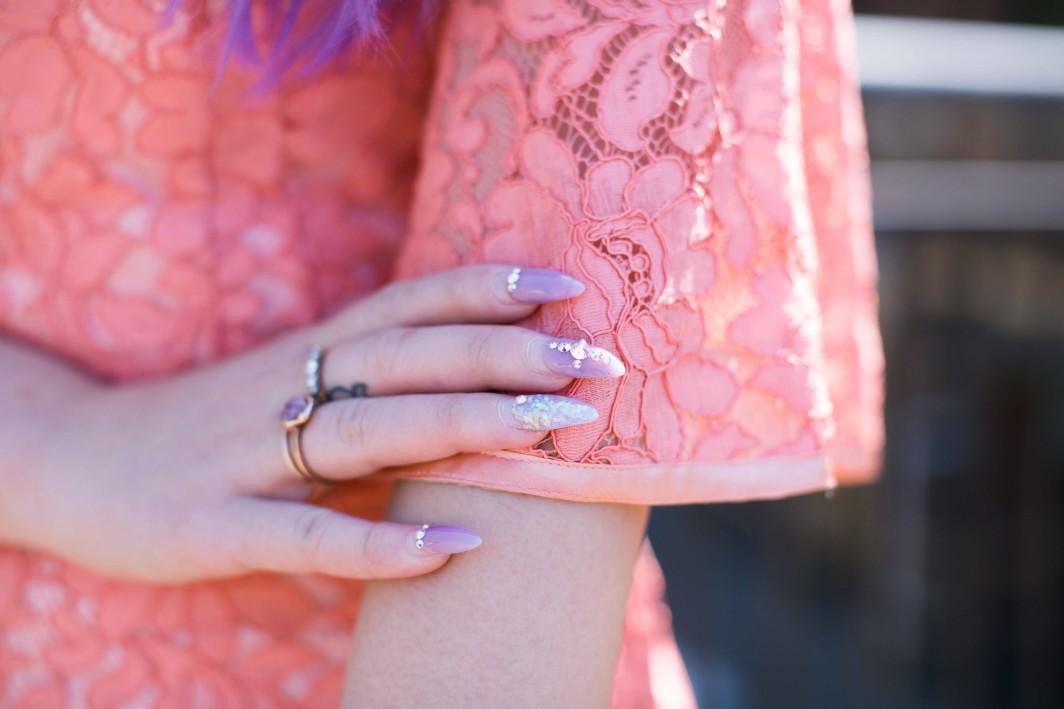 lace details nails